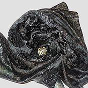 """Аксессуары ручной работы. Ярмарка Мастеров - ручная работа """"Черная жемчужина"""" шелковый шарф с рисунком ручная роспись батик. Handmade."""