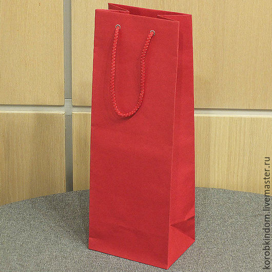 Упаковка ручной работы. Ярмарка Мастеров - ручная работа. Купить Пакет 14х37х10 см под бутылку красный с ручками веревочными. Handmade.
