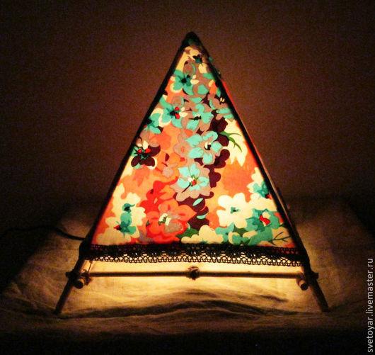 Освещение ручной работы. Ярмарка Мастеров - ручная работа. Купить Пирамида Света. Handmade. Светильник, для дома и интерьера, нить хлопковая