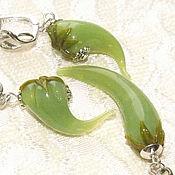 Украшения handmade. Livemaster - original item Burning green - set of pendant and earrings made of glass. Handmade.