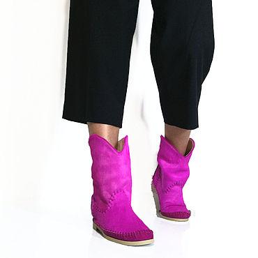 Обувь ручной работы. Ярмарка Мастеров - ручная работа Осенние полусапожки  казачки  из пони ярко розового цвета. Handmade.