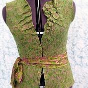Одежда ручной работы. Ярмарка Мастеров - ручная работа Валяный жилет Яркий зеленый. Handmade.