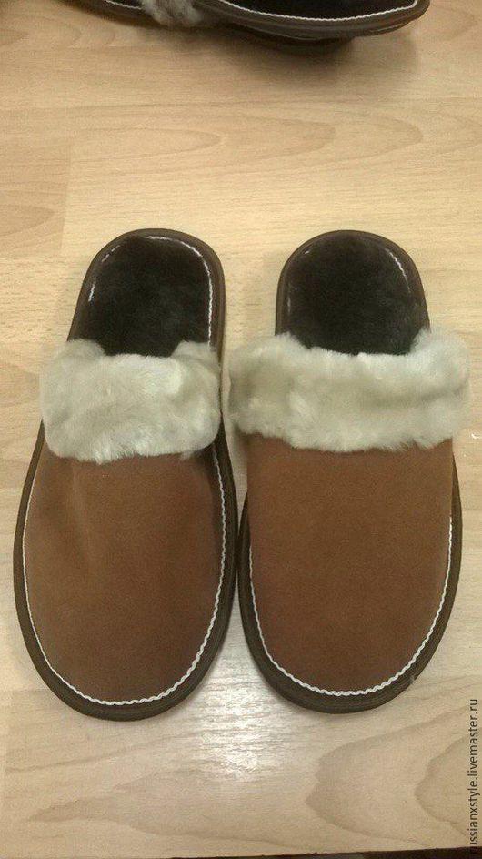 Обувь ручной работы. Ярмарка Мастеров - ручная работа. Купить Тапочки домашние мужские. Handmade. Комбинированный, овчина