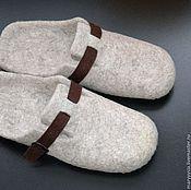 """Обувь ручной работы. Ярмарка Мастеров - ручная работа мужские тапочки""""спокойный беж"""". Handmade."""