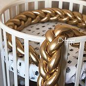 Текстиль ручной работы. Ярмарка Мастеров - ручная работа Бортик косичка в детскую кровать, простынь на резинке. Handmade.