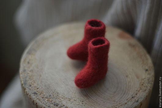 Новый год 2017 ручной работы. Ярмарка Мастеров - ручная работа. Купить Валенки сувенирные игрушка на елку обувь для кукол. Handmade.