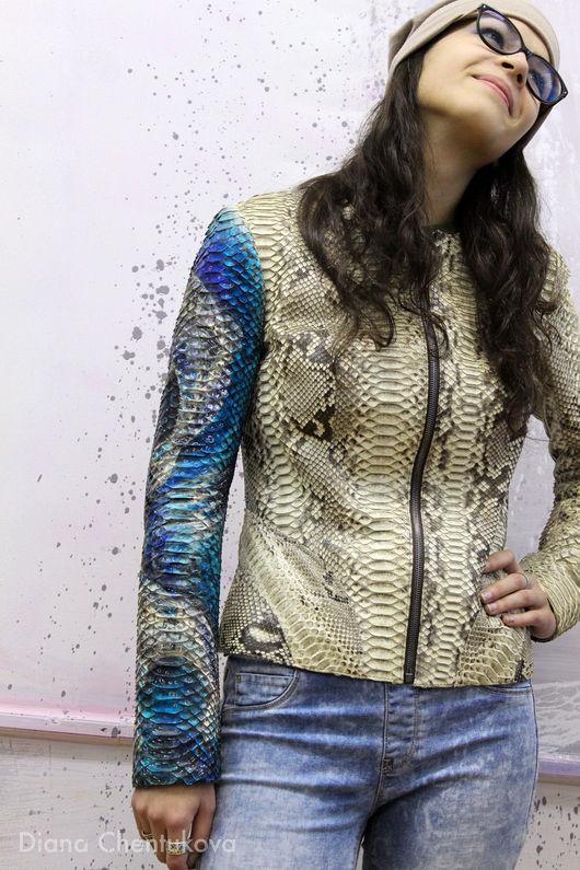 Роспись куртки из кожи питона `Рыбы`. Роспись по коже. Было Бело. Диана Чентукова. Diana Chentukova