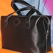 Женская кожаная сумка-саквояж 071