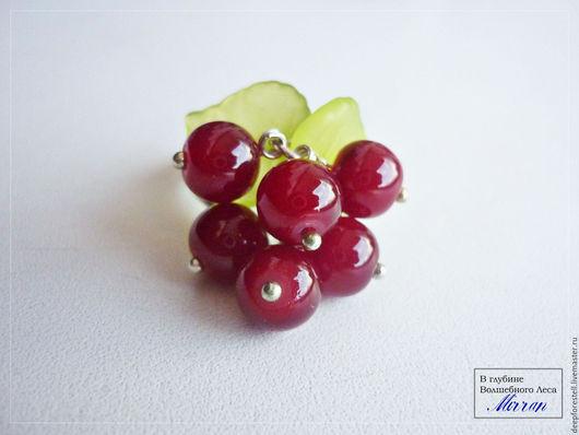 """Кольца ручной работы. Ярмарка Мастеров - ручная работа. Купить Кольцо красное """"смородина"""" с ягодами и листьями. Handmade. Ярко-красный"""