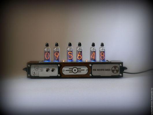 """Подарки для мужчин, ручной работы. Ярмарка Мастеров - ручная работа. Купить Ламповые часы """"Fallout"""" ИН-14. Handmade. начальнику"""