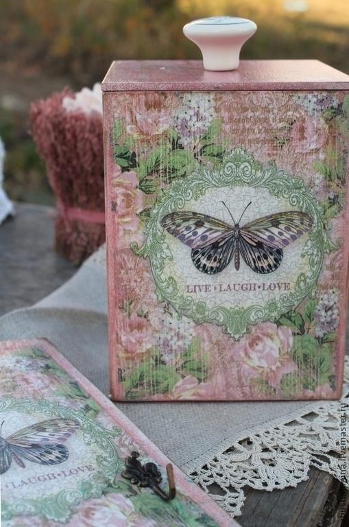 комплект короб и вешалка розовая бабочка, короб для мелочей, короб  для заколок, вешалка для ключей, комплект в подарок девушке, подарок девочке, нежность , любовь, бабочки, розовый и зеленый, Марина