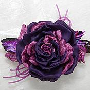 Украшения ручной работы. Ярмарка Мастеров - ручная работа Фиолетовая роза с бархатными лепестками и листьями. Цветы из ткани.. Handmade.
