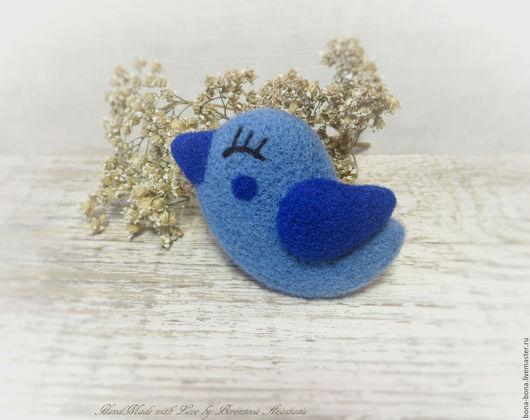 """Броши ручной работы. Ярмарка Мастеров - ручная работа. Купить Брошь из войлока """"Blue bird"""". Handmade. Тёмно-синий"""