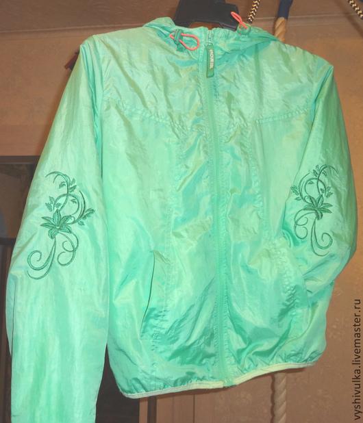 Верхняя одежда ручной работы. Ярмарка Мастеров - ручная работа. Купить Вышивка на куртке. Handmade. Зеленый, вышивка, ремонт одежды