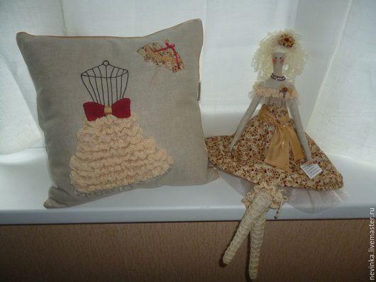 Подарочный набор подушка и кукла