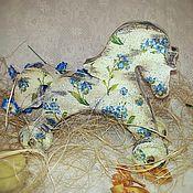 """Куклы и игрушки ручной работы. Ярмарка Мастеров - ручная работа """"Незабудка"""" интерьерная игрушка-лошадка. Handmade."""