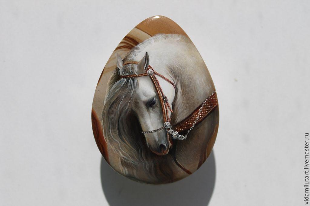 Лошадь княжны на яшме, Камни, Москва,  Фото №1