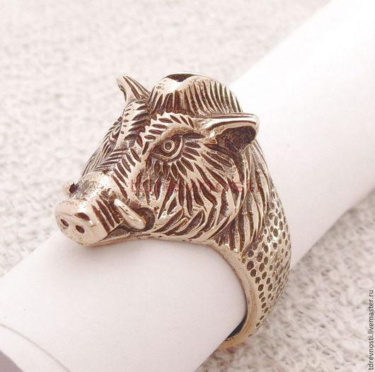 Обереги, талисманы, амулеты ручной работы. Ярмарка Мастеров - ручная работа. Купить Кольцо мужское Кабан  перстень-оберег из бронзы. Handmade.