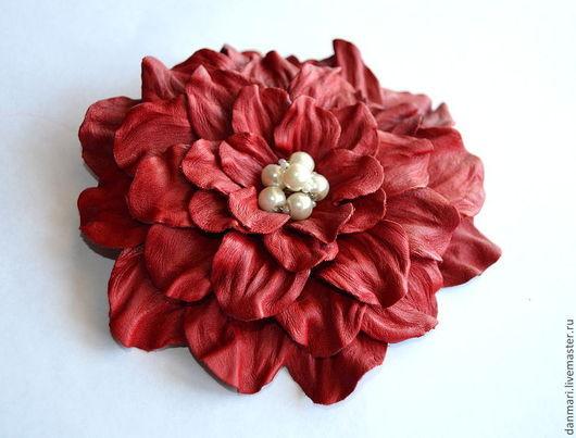 """Броши ручной работы. Ярмарка Мастеров - ручная работа. Купить Заколка """"Красная мечта"""". Handmade. Ярко-красный, брошь цветок"""