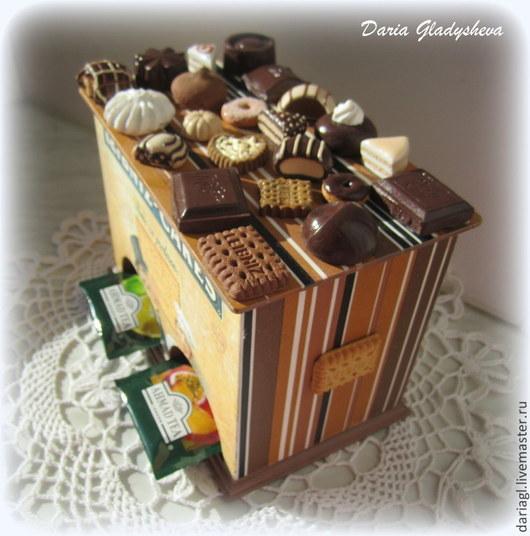 """Кухня ручной работы. Ярмарка Мастеров - ручная работа. Купить Чайный домик """"Leibniz-cakes"""" с миниатюрой. Handmade. Коричневый, микромир"""