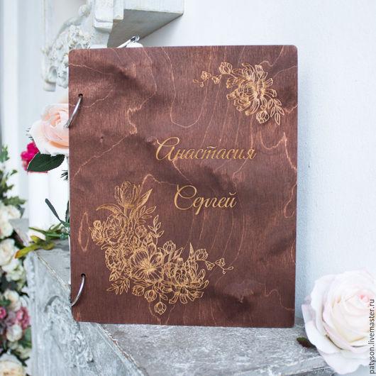 Роскошная папка для свидетельства Цветы изготавливается под заказ, с конкретными именами будущих молодоженов и датой их свадьбы.