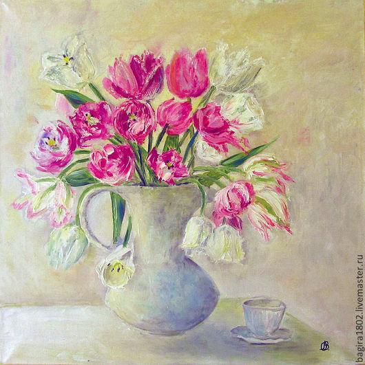 Нежный, романтичный натюрморт тюльпанов в спальню, гостиную, кухню.