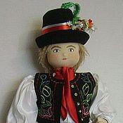 Куклы и игрушки ручной работы. Ярмарка Мастеров - ручная работа Кукла в чешском национальном костюме (Чехия). Handmade.