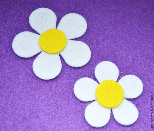 """Валяние ручной работы. Ярмарка Мастеров - ручная работа. Купить Вырубка из фетра ч/ш 3 мм """"два цветка"""". Handmade."""