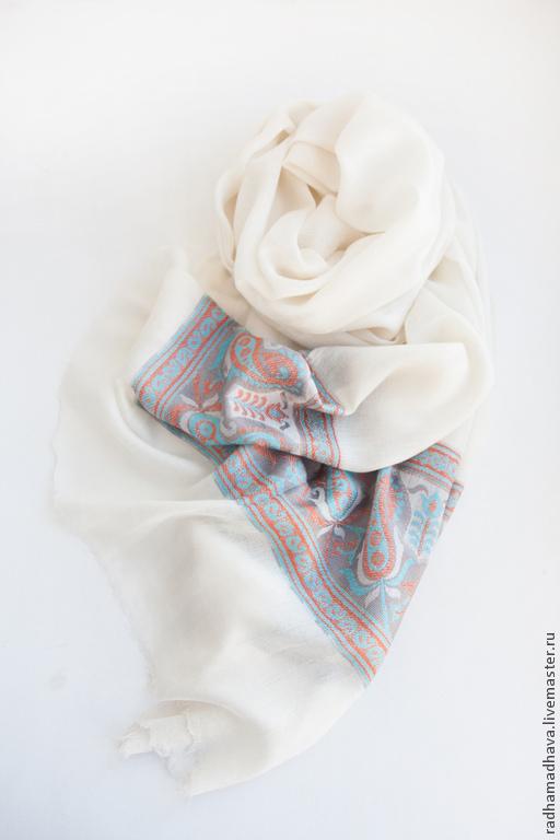 Шали, палантины ручной работы. Ярмарка Мастеров - ручная работа. Купить Палантин из шерсти улучшенного качества (Fine wool ). Handmade.