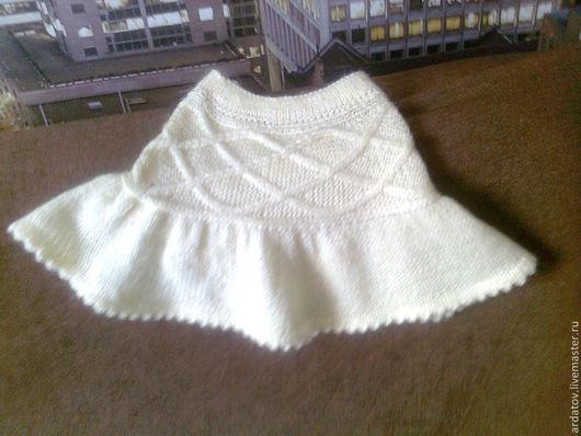 Одежда для девочек, ручной работы. Ярмарка Мастеров - ручная работа. Купить вязанная юбочка для девочки c кокеткой аранами. Handmade.