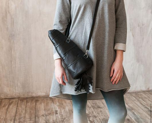Женские сумки ручной работы. Ярмарка Мастеров - ручная работа. Купить Сумка Морковь черная из кожи. Handmade. Черный, морковь