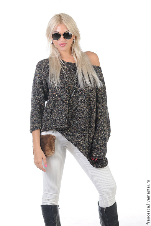 Асимметричный женский свитер-пончо черный с золотом. Ручная работа. Выполнена в единственном экземпляре. Модель: Anna Nox Фото: Serge Grek, grekfoto@gmail.com