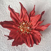 Цветы и флористика handmade. Livemaster - original item Flower made of leather. Brooch made of leather.