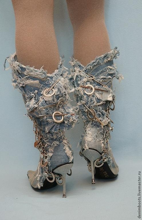 Обувь ручной работы. Ярмарка Мастеров - ручная работа. Купить Сапоги джинсовые Лохматики на шпильке. Handmade. Голубой, скидка, джинса