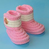 Работы для детей, handmade. Livemaster - original item Knitted handmade shoes Booties boots plush, pink. Handmade.