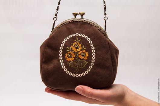 Женские сумки ручной работы. Ярмарка Мастеров - ручная работа. Купить Вечерняя сумочка с вышивкой Кофейная. Handmade. Коричневый, вечерняя