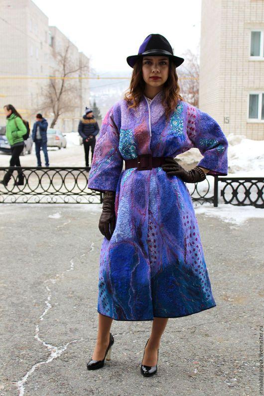 """Верхняя одежда ручной работы. Ярмарка Мастеров - ручная работа. Купить летнее пальто """" Сирень"""" валяное. Handmade. Пальто"""