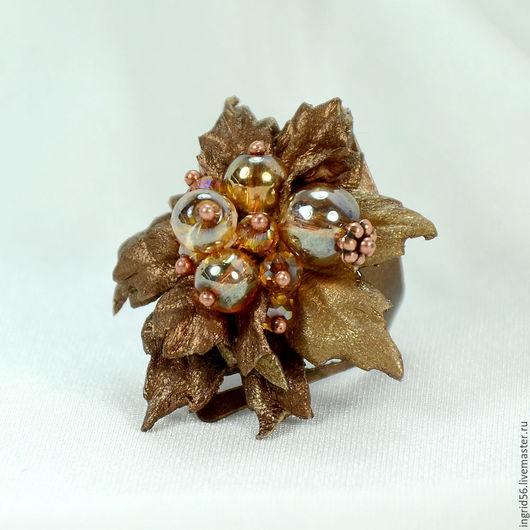 Кольца ручной работы. Ярмарка Мастеров - ручная работа. Купить Кольцо из натуральной кожи и бусин Осенняя ягодка. Handmade.