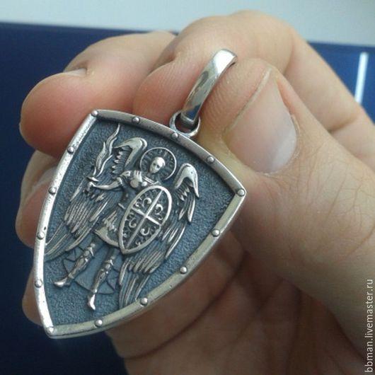 Святой Михаил Архангел кулон подвеска.