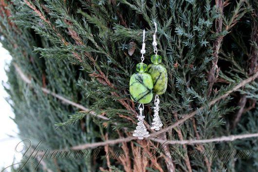 """Комплекты украшений ручной работы. Ярмарка Мастеров - ручная работа. Купить Комплект """"Хвойный"""". Handmade. Тёмно-зелёный, новогодний подарок"""