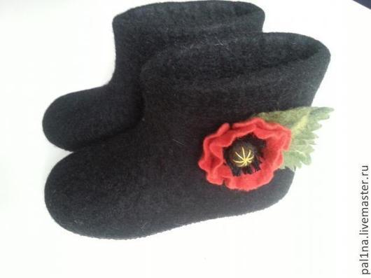"""Обувь ручной работы. Ярмарка Мастеров - ручная работа. Купить Валенки для улицы """"Маки"""". Handmade. Черный, зимняя обувь"""