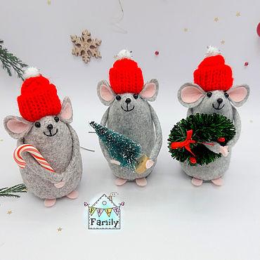 Подарки к праздникам ручной работы. Ярмарка Мастеров - ручная работа Новогодние мышки №2 - символы 2020 года. Мышка из фетра.. Handmade.