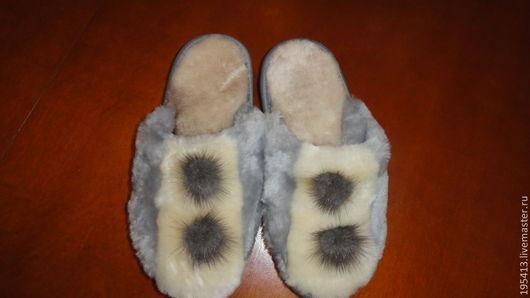 Обувь ручной работы. Ярмарка Мастеров - ручная работа. Купить Тапочки женские, мутоновые. Handmade. Серебряный, натуральный мех