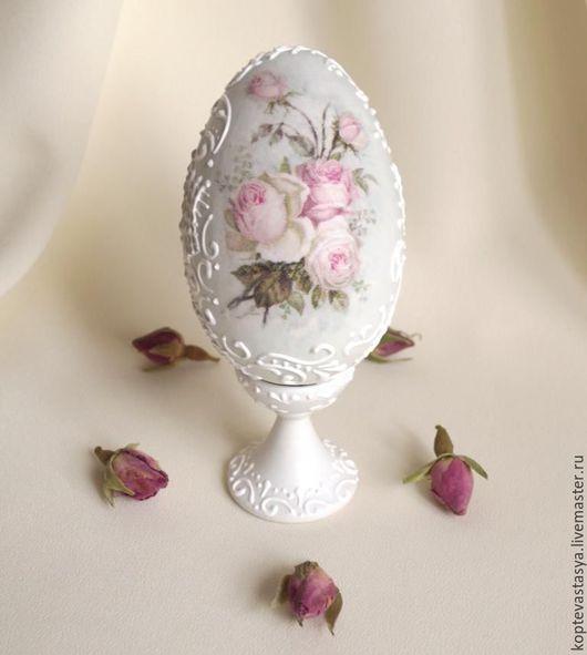 """Подарки на Пасху ручной работы. Ярмарка Мастеров - ручная работа. Купить Яйцо пасхальное """"Нежнейшие розы"""". Handmade. Белый"""