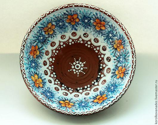 Тарелки ручной работы. Ярмарка Мастеров - ручная работа. Купить Блюдо керамическое  (майолика). Handmade. Керамика, посуда из керамики, блюдо