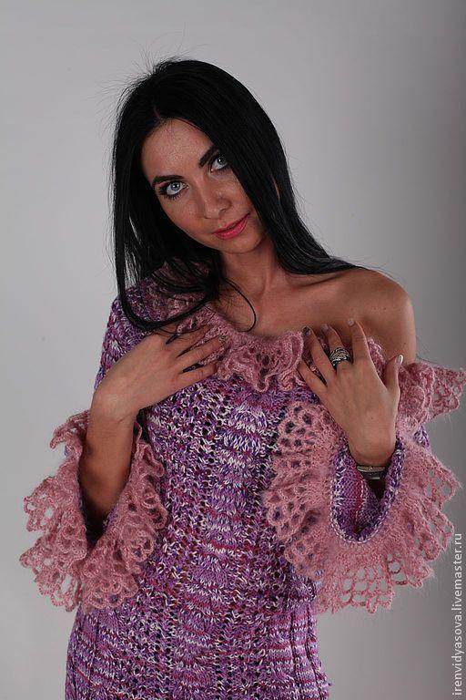Платье ручной работы,  воздушный ажур с косами прекрасно подчеркнуты нежными воланами. Одним словом - розовый соблазн.