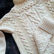 Одежда ручной работы. Ярмарка Мастеров - ручная работа Комплект свитер + высокие гольфы.. Handmade.