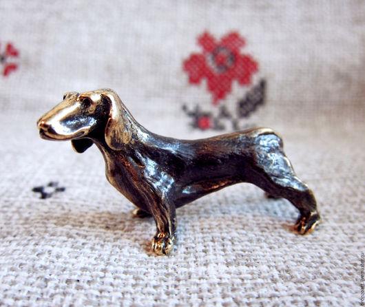 Статуэтки ручной работы. Ярмарка Мастеров - ручная работа. Купить Такса порода собака статуэтка фигурка миниатюра коллекционная бронза. Handmade.