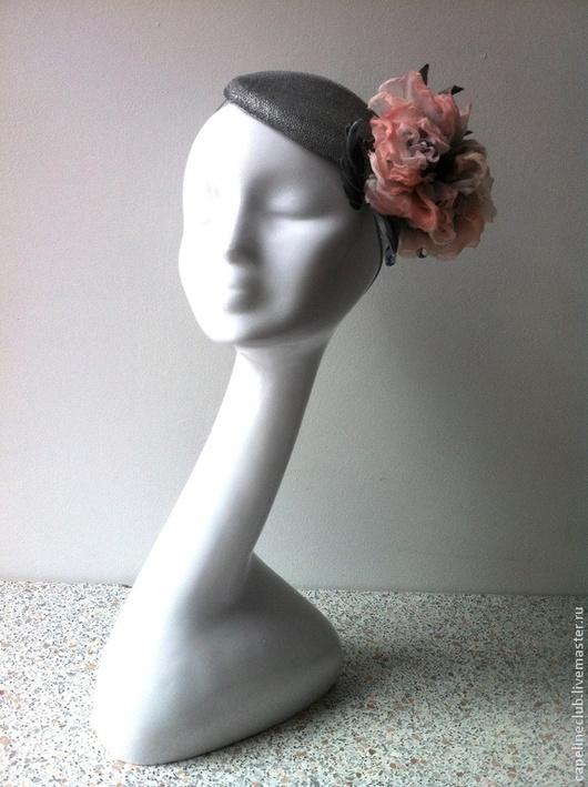 Шляпы ручной работы. Ярмарка Мастеров - ручная работа. Купить Мини-берет из синамей. Handmade. Серый, шляпка с розой