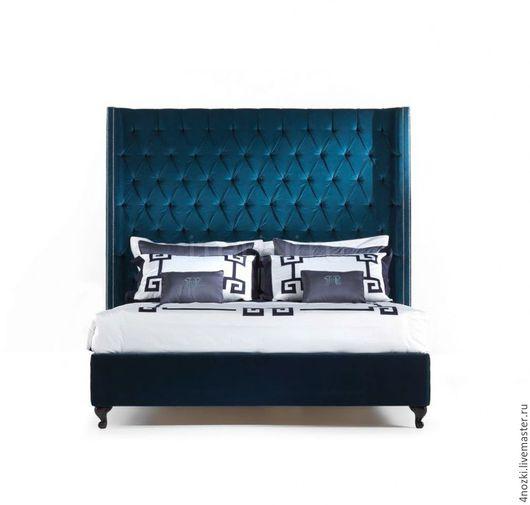 Реплика кровати Италия с боковинами у изголовья выполненная с использованием каретной стяжки в стиле капитоне